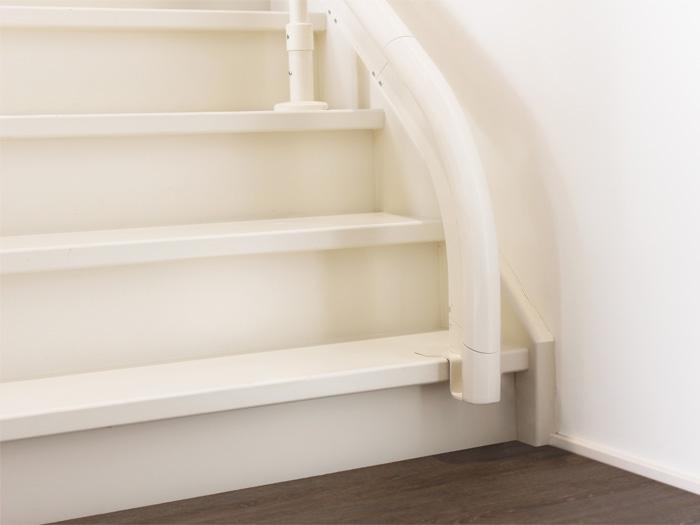 階段への取り付け個所もスマート